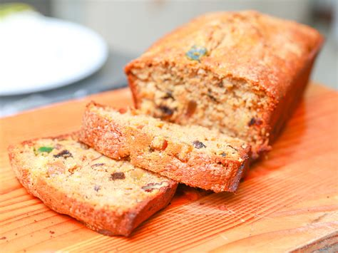 a fruitcake how to make a fruit cake with pictures wikihow