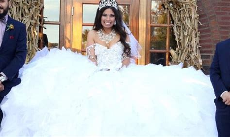 08b111351 50 000 Dress Sale 50 my big wedding gown is made from 1 200ft of