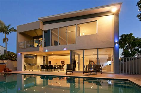 waterfront splendour elite homes gold coast