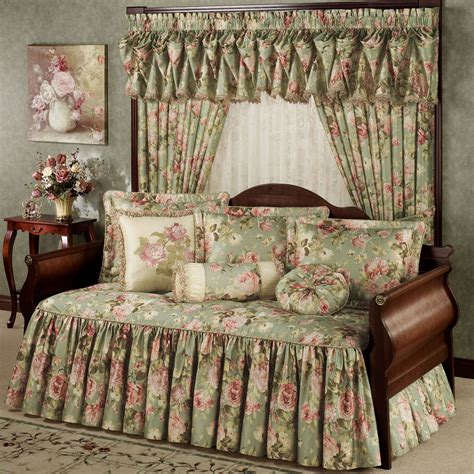 daybed coverlet summerfield floral daybed bedding