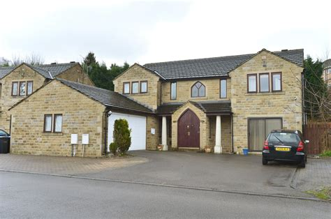 5 bedroom houses for sale bradford whitegates bradford 5 bedroom house for sale in coach