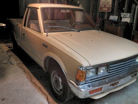 old nissan truck 86 nissan 720 pickup mini truck original classic survivor