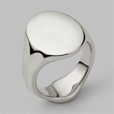 oval signet ring in solid silver white gold platinum