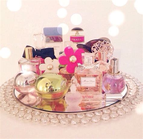 Perfume Tray For Dresser by Best 25 Perfume Display Ideas On Perfume