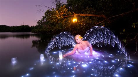 Pdf Photography Light Painting Finding by Light Painting Tutorial How To Light Paint Wings
