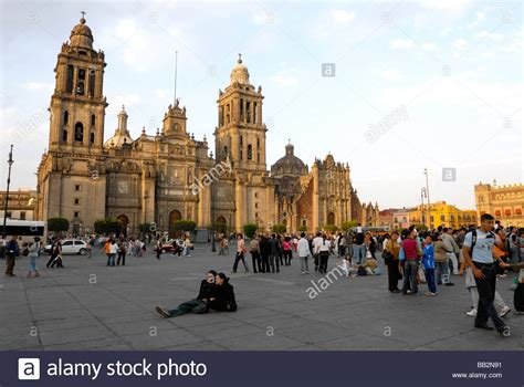 zocalo plaza mexico city catedral metropolitana metropolitan cathedral in el