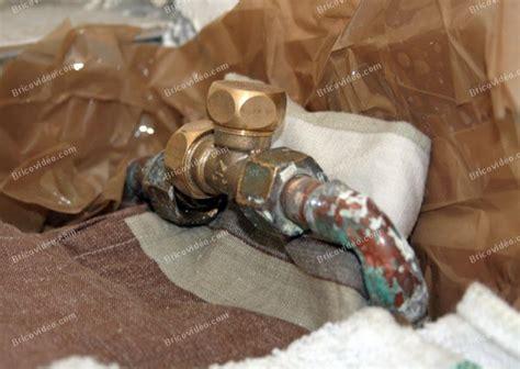d 233 pannage plomberie urgent comment poser un robinet d