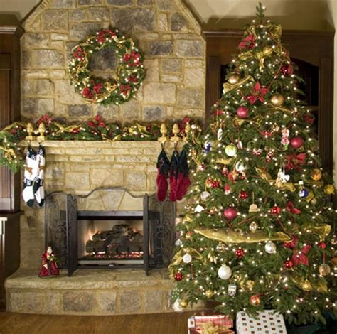 traditional home christmas decorating ideas it s beginning to look a lot like christmas blinds