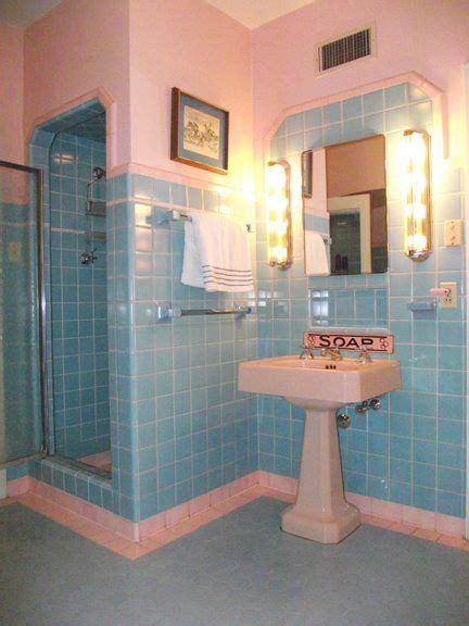 pink  aqua bathroom     cute