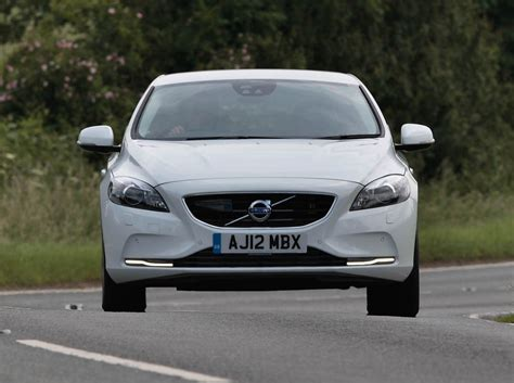 how much is the volvo v40 volvo v40 hatchback 2012 features equipment and
