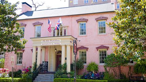 olde pink house haunted savannah savannah travel channel savannah vacation destinations ideas