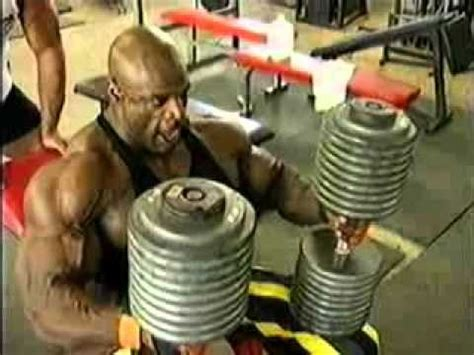 ronnie coleman bench ronnie coleman doing dumbbell bench 28 images best of