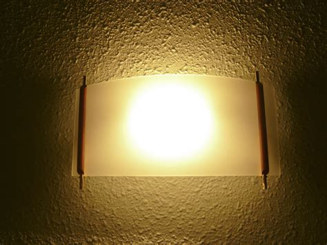 file hotel room light 2926631995 jpg
