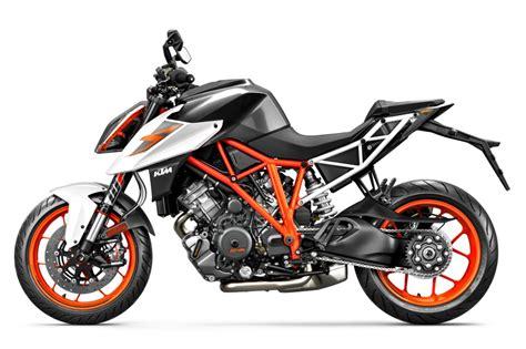 Ktm 1290 Price 2017 Ktm 1290 Duke R Ride 10 Fast Facts