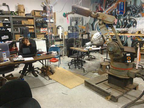 sudo room robot arm sudo room