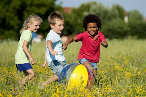 child s 9 awesome benefits of outdoor play for children