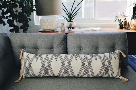 how to make a lumbar pillow how to make a low sew lumbar pillow how tos diy