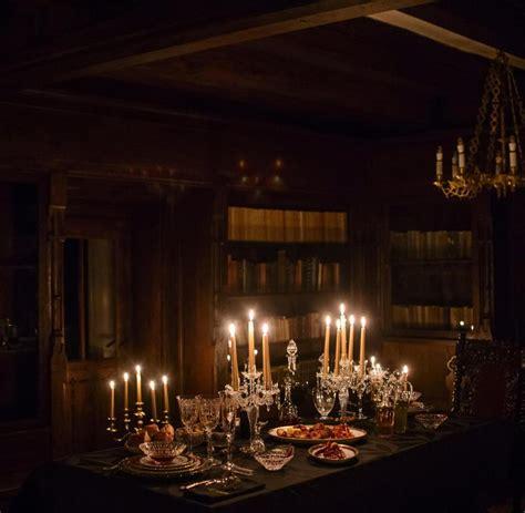 dunkler speisesaal airbnb bietet nacht in draculas schloss an welt