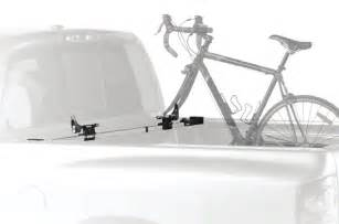 thule 822xt locking bed rider truck bed bike rack 2 bike