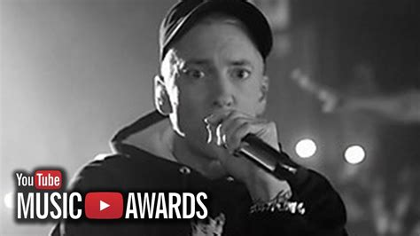 Eminem Youtube | eminem quot rap god quot performance rocks 2013 youtube music