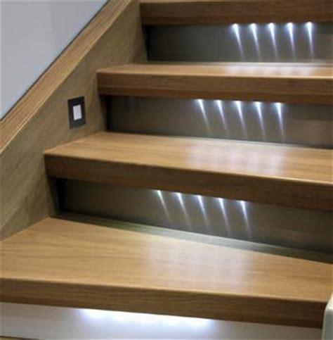 progettare illuminazione interni illuminazione mini riflesso ad incasso per scale una