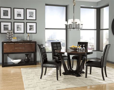 How To Decorate Dining Room Table by How To Decorate A Dining Room Side Table