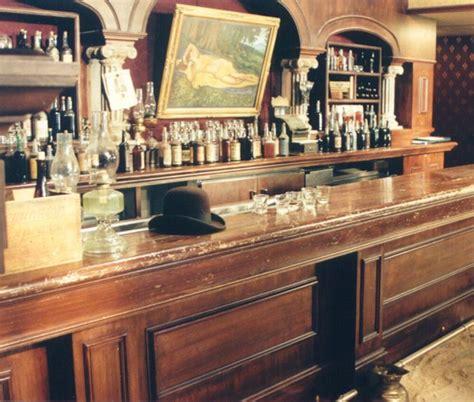 25 best ideas about saloon decor on western
