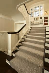 Stairs With Runners by 25 Best Ideas About Carpet Stair Runners On Pinterest