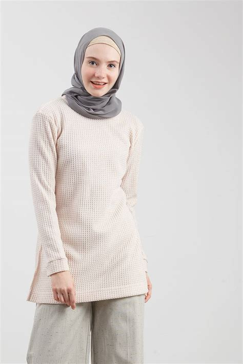 Top Vica sell vica top pink tops hijabenka