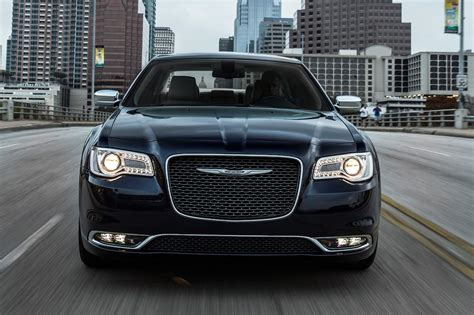 Pictures Of Chrysler 300 by 2017 Chrysler 300 Reviews And Rating Motor Trend