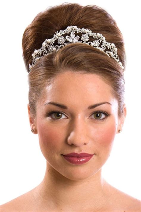 Wedding Hair Updo Prices by 1000 Ideas About Wedding Bun Hairstyles On