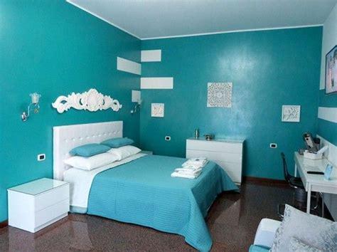 parete verde da letto pi 249 di 25 fantastiche idee su camere da letto turchese su