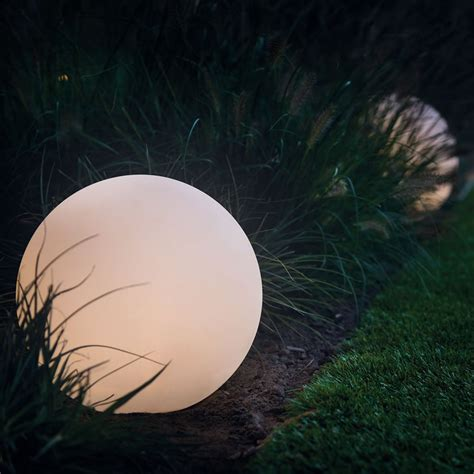 Round 30 Remote Led Garden Ball Light Multifunction Colored Landscape Lights