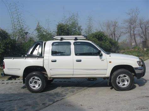 Toyota Cabin For Sale Toyota Hilux White4x4 Cabin 2500cc 2003 For Sale In