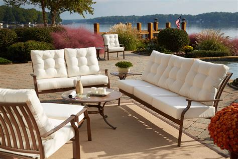 How To Choose The Best Material For Outdoor Furniture Best Outdoor Patio Furniture