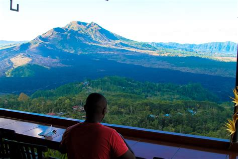 drive up mount batur this is perhaps the best view in bali hand luggage only