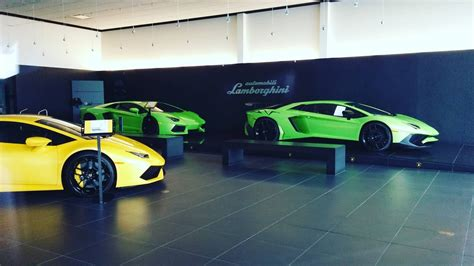 Lamborghini Dealers California Lamborghini Aventador Aventador Sv And A Huracan At The