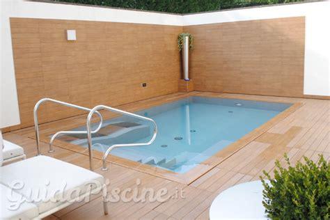 piccole piscine da giardino piccole piscine per piccoli giardini guidapiscine it