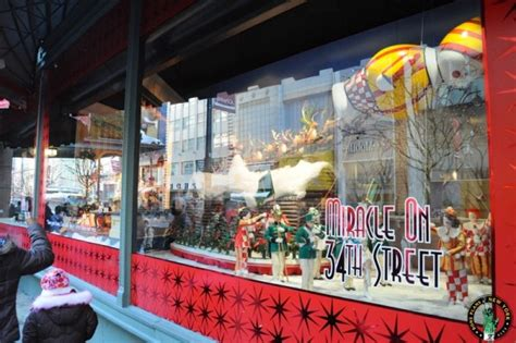 christmas window stores and windows at new york department stores