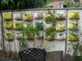Growing Vertical Gardens Commmunity Gardening Vertical Gardening Update Ii