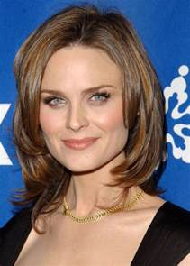 best hairstyles for square faces 50 best hairstyles for square faces over 50 long hairstyles