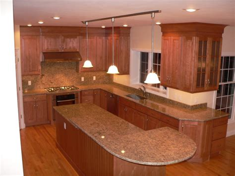 Maple Kitchen Cabinet Maple Kitchen Cabinets Raised Panel Cabinetry Cliqstudios Traditional Kitchen