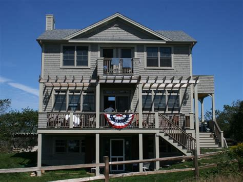 block island cottage rentals three cottage block island homeaway block island