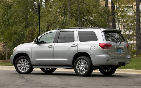 how does cars work 2007 toyota sequoia user handbook 2008 toyota sequoia first drive motor trend