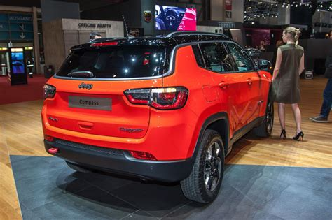 jeep compass interni jeep compass debutto in europa