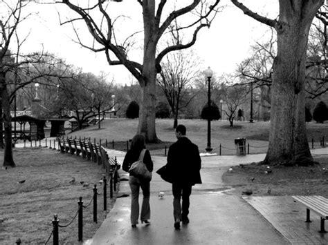 guy and madeline on a park bench love la la land seek out guy and madeline on a park bench