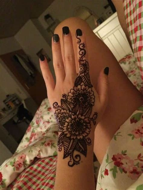 henna tattoo set all you need to about henna kits inkdoneright