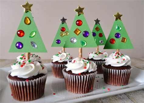 diy christmas tree cupcake toppers i heart crafty things