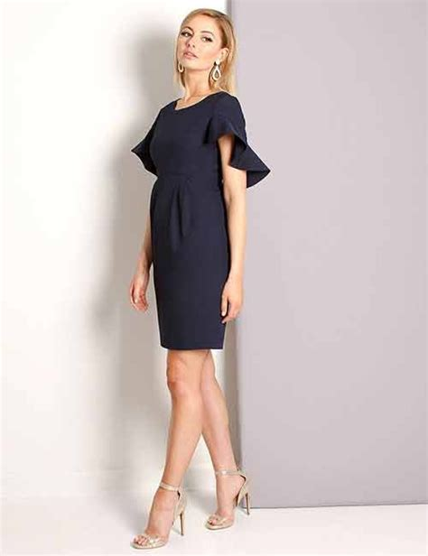 what color shoes with navy dress what color shoes go great with a navy blue dress quora