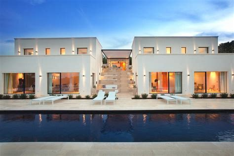 chic and modern italian villa luxury topics luxury